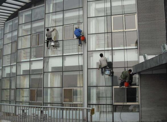 苏州外墙清洗需要注意施工安全